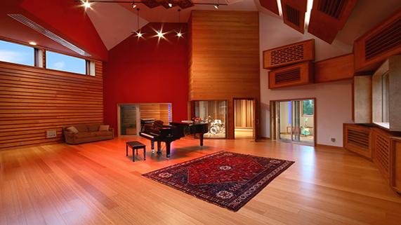 Classic Solos Room